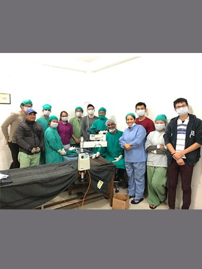Dr Agrawal with Project Aasha Team from LKC Medicine School, Singapore and with team of healthcare workers from Himalayan Eye Hospital, Pokhra for Project Aasha in Gorkha in December 2016